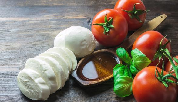 Mozarella und Tomaten © rdnzl, stock.adobe.com