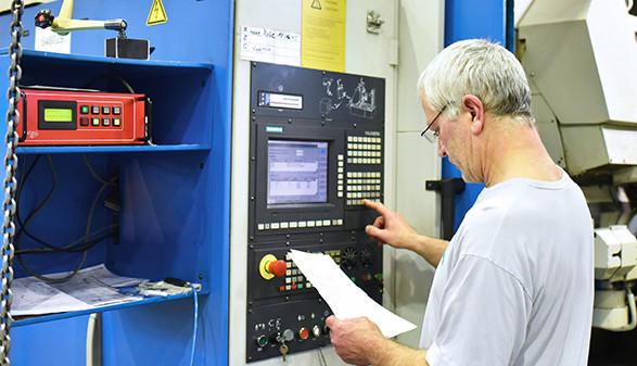 älterer Arbeiter © industrieblick, Fotolia.com