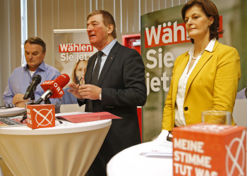 v.l.: Direktor Dr. Winfried Haider, AK-Präsident Günther Goach, Vizepräsidentin Uschi Heitzer © Eggenberger, AK