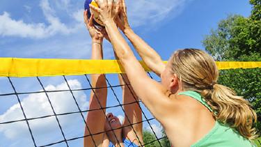 Volleyball spielen © Alexander Rochau, Fotolia
