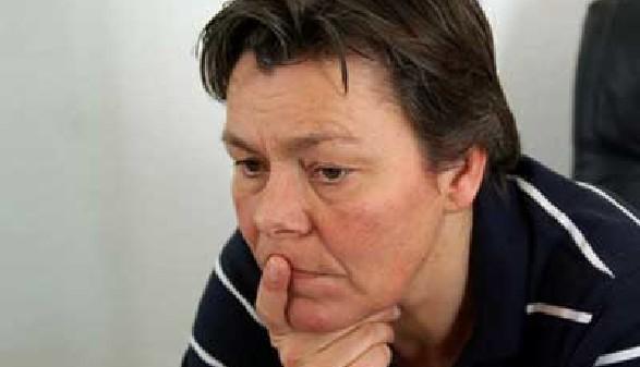 Nachdenklich blickender Arbeitsloser © fuxart, Fotolia.com