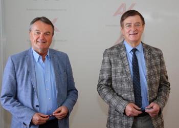 v.l.: AK-Direktor Dr. Winfried Haider, AK-Präsident Günther Goach © Hannes Krainz, AK