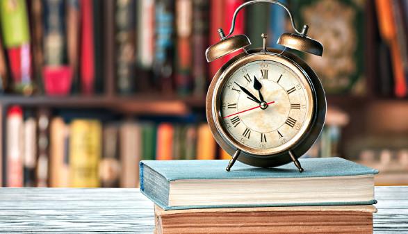 Öffnungszeiten © olegkruglyak3, stock.adobe.com