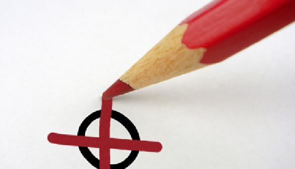 Kreuz auf dem Stimmzettel © Bilderbox, Fotolia.com