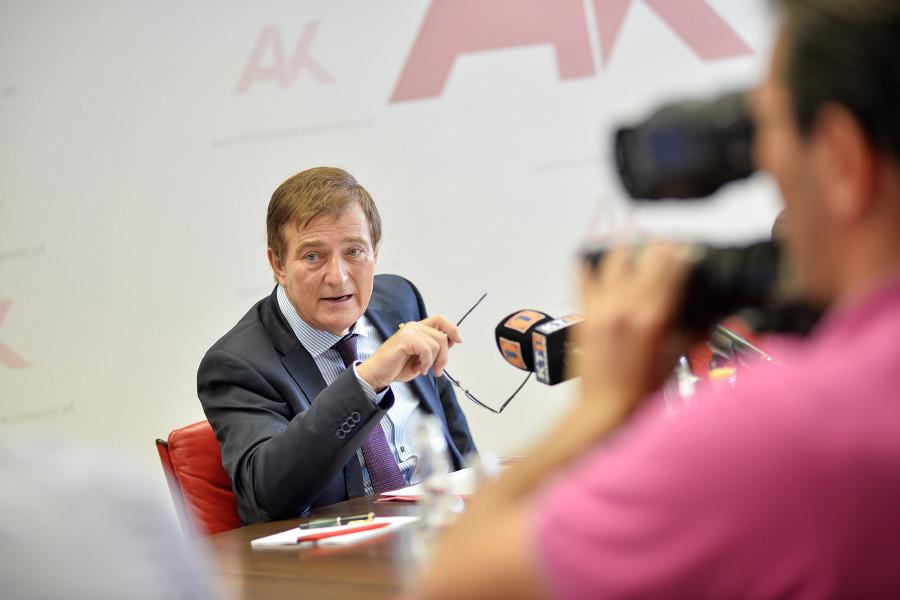 Günther Goach während der PK Rechtsschutzbilanz 2019 © Helge Bauer, AK Kärnten