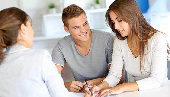 Wenn das nötige Kleingeld für die Ausbildung fehlt, können Kredite helfen © goodluz, Fotolia.com