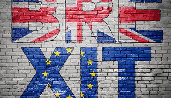 "Graffiti ""Brexit"" aus den Farben des Union Jacks und der EU © pixs:sell, Fotolia.com"