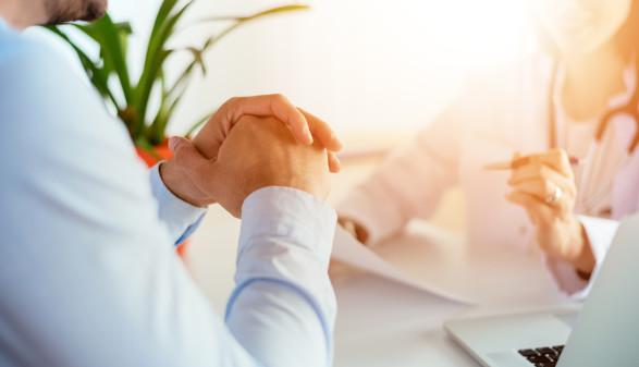 Beratung für Pflegeberufe in der Corona-Krise © bnenin, AdobeStock