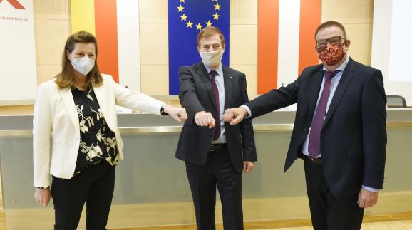 Präsident mit VizepräsidentInnen © Walter Fritz, AK Kärnten