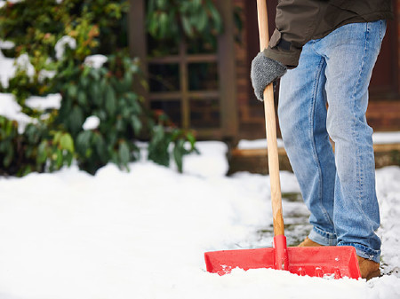 Schnee schaufeln © highwaystarz, Fotolia.com